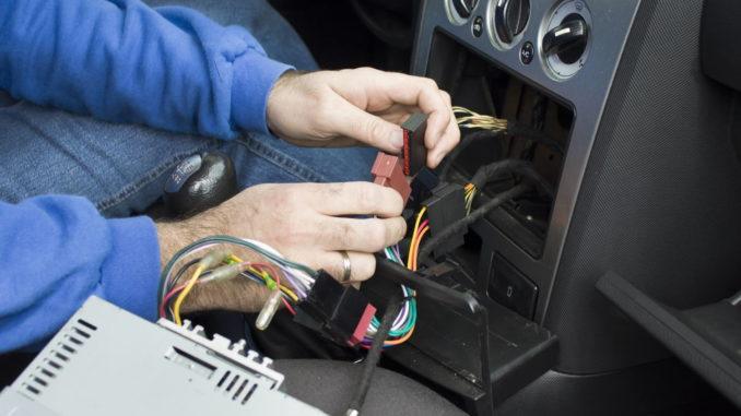 Warum speichert mein Autoradio keine Einstellungen